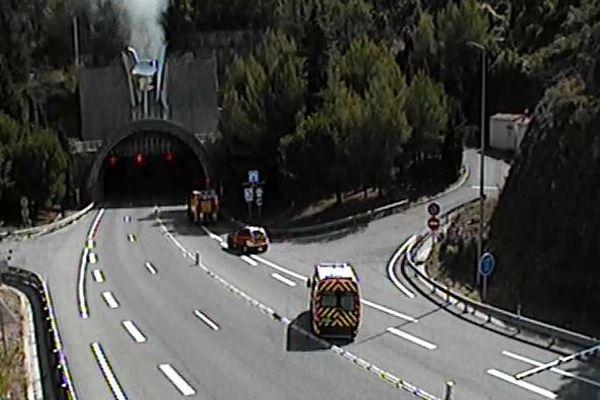 12h10 : autoroute A500 fermée dans les deux sens de circulation.