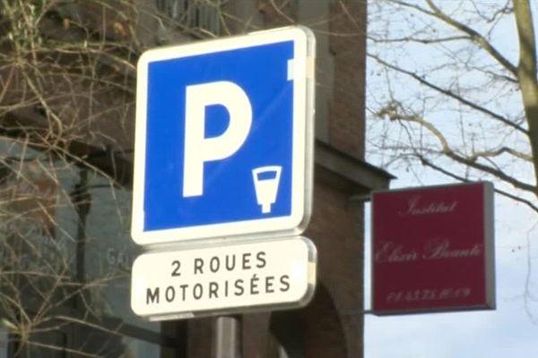 Le stationnement payant pour les deux-roues entre en vigueur le mardi 3 avril à Charenton et Vincennes.