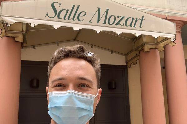 Mozart à Strasbourg, vous saviez? N'oubliez pas votre masque pour arpenter les rues du centre-ville. On sourit avec les yeux.