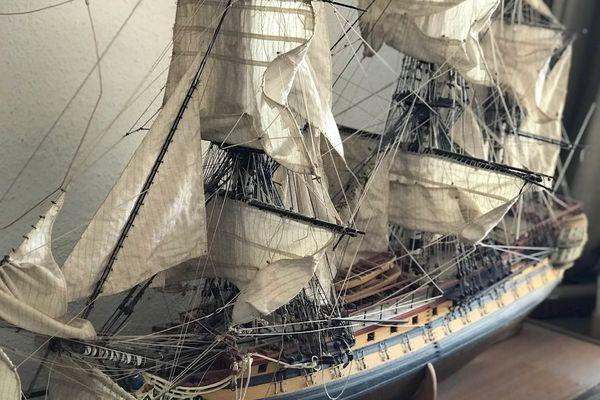 Un travail minutieux pour réaliser cette maquette marine exposée au musée d'Aquitaine
