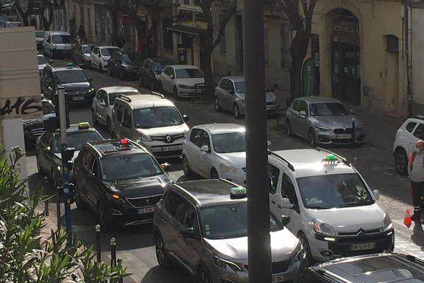 La deuxième opération escargot a rassemblé plus d'une centaine de taxis, le 9 avril 2021, à Montpellier.