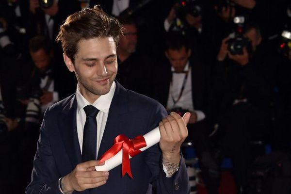 """Xavier Dolan récompensé à Cannes pour son film """"Juste la fin du monde"""""""