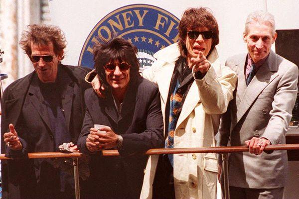 Avec le leader Mick Jagger et le guitariste Keith Richards et Brian Jones, Charlie Watts faisait partie des plus anciens membres des Rolling Stones.