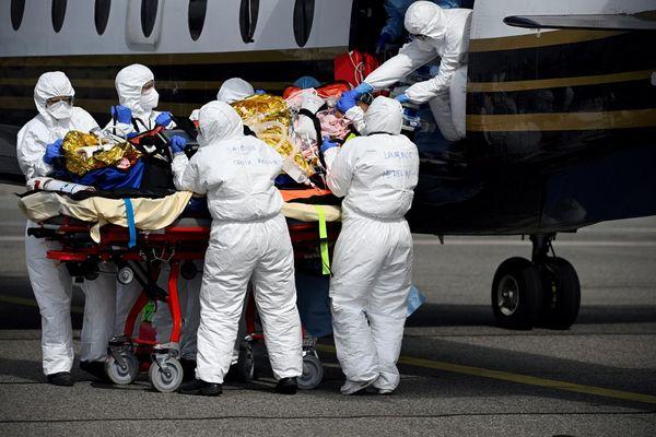 Seuls 13 patients ont été transférés depuis l'Île-de-France vers une autre région depuis la mi-mars.