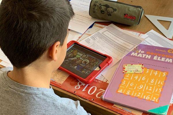 Le temps de classe occupe une bonne partie de la journée des enfants.