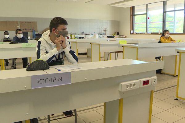 ( Archive) Protocole sanitaire appliqué dans un collège d'Orléans Métropole - juin 2020