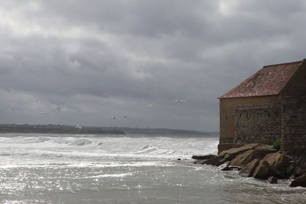 Les Britanniques étaient partis de Folkestone pour aller pêcher en mer.