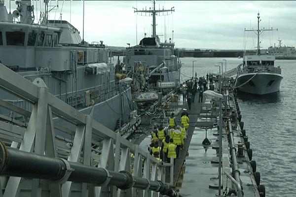 Les visiteurs se succèdent à la base navale de Brest