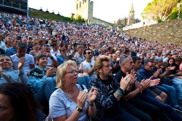 Le public lors du concert de Johnny Hallyday en juillet 2017 à Carcassonne