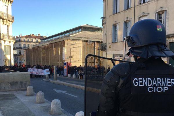 A Montpellier, les antifascistes se sont rassemblés pour protester contre le meeting de la Ligue du Midi - 11 novembre 2019