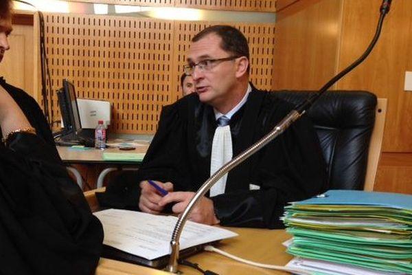 Le procureur Desjardins lors d'une interruption d'audience