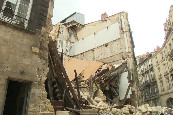 Les immeubles effondrés Rue de la Rousselle fragilisent les bâtiments  voisins