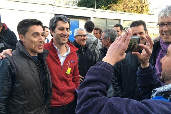 Mercredi 27 mars, le député de la France Insoumise, François Ruffin, est venu apporter son soutien aux salariés de Luxfer à Gerzat dans le Puy-de-Dôme.