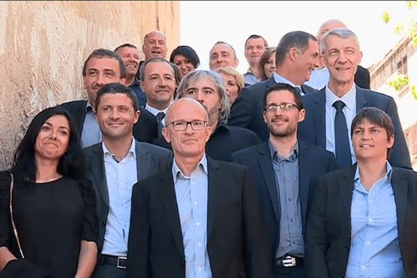 15/05/2017 - Photo de famille à Corte -(Haute-Corse) pour les candidats nationalistes aux élections législatives 2017