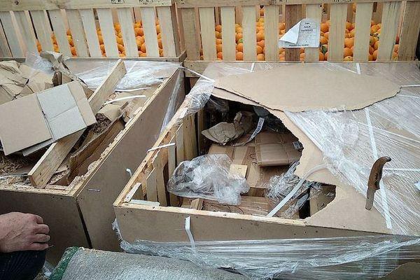 Montpellier - saisie de 954 kg de résine de cannabis dans un camion transportant 4 tonnes d'oranges - mai 2018.