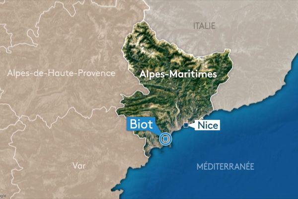 Ce lundi 14 octobre vers 15h30, deux motos de grosses cylindrées comme précisé par les gendarmes des Alpes-Maritimes se sont percutées chemin Neuf à Biot.