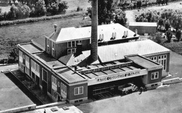 archive de la laiterie du MAZEAU (85) en fonctionnement