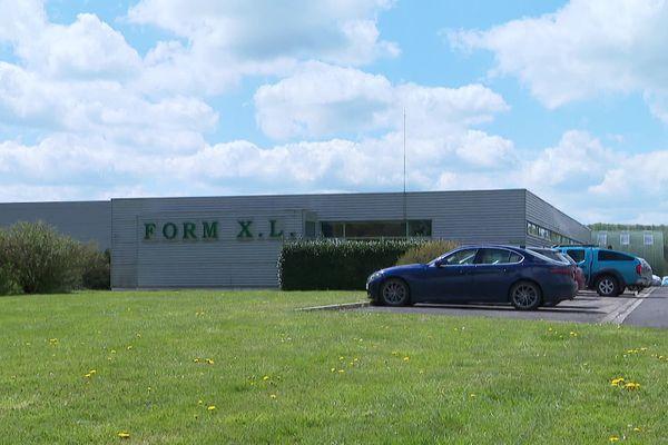 L'entreprise Form XL, spécialisée dans la production d'urnes électorales et de protections anticovid a vu ses carnets de commande exploser.