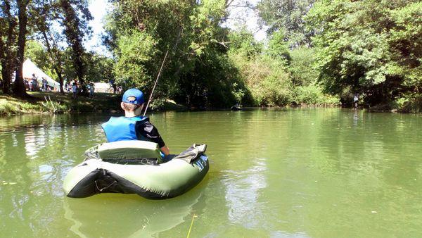 La pêche de loisir dans la Vienne attire aussi les jeunes