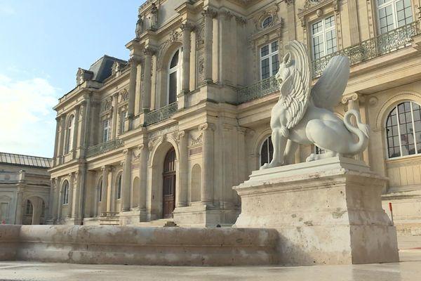 Le musée de Picardie fait peau neuve.