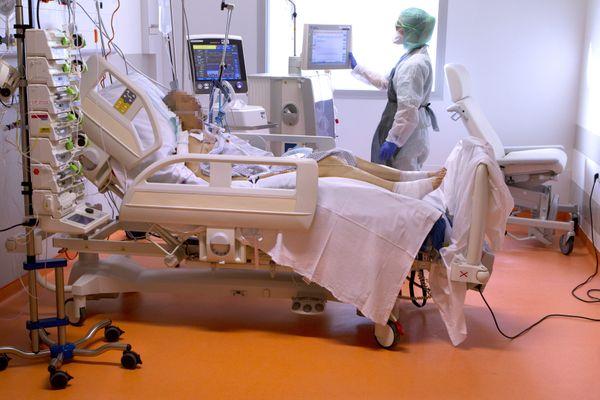 Les services de réanimations du CHU de Montpellier sont en tension en cette période d'accueil de patients atteints par la Covid-19.