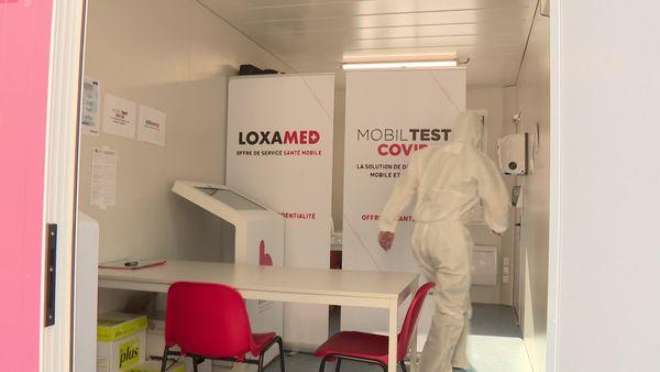 Cette box mobile, aménagée dans un container de 15 mètres carrés, pourra tester jusqu'à 200 personnes par jour.