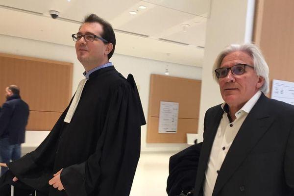 Johannes Fasen, à droite, avec son avocat Jérôme Triomphe.