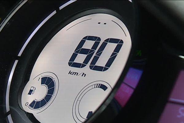 80 km/h au compteur, la vitesse maximum autorisée sur les routes secondaires françaises à partir du 1er juillet