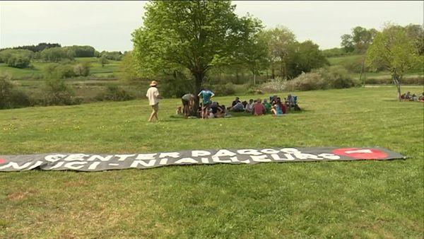 Rencontre avec les opposants aux projets de Center Parcs