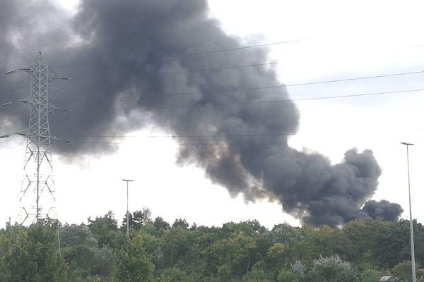 Un incendie à Gennevilliers, dans les Hauts-de-Seine.