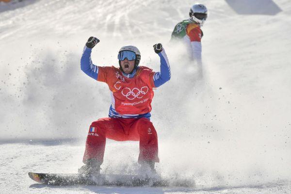Pierre Vaultier vainqueur de la finale de snowboardcross final aux JO de PyeongChang en 2018.