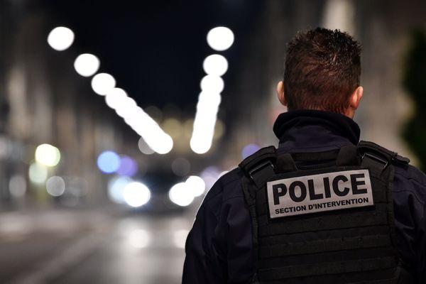 """Des policiers, gendarmes, et anciens membres des forces de l'ordre luttent pour """"réformer la politique des drogues en France"""". Photo d'illustration"""