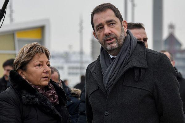 La maire de Calais Natacha Bouchart et le ministre de l'Intérieur Christophe Castaner, le 25 janvier 2019 à Calais.