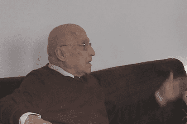 """Denis Milhau, lors de l'entretien qu'il avait accordé à Olivier Michelon et Guillaume Blanc, à l'occasion des 50 ans du don par Picasso à la ville de Toulouse de """"La dépouille du Minotaure en costume d'Arlequin"""""""