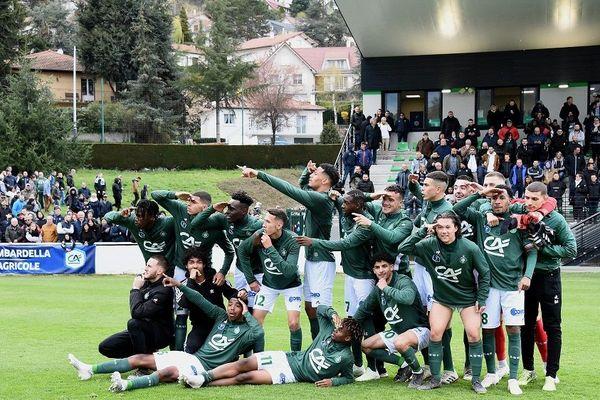 1/2 Finale de Coupe Gambardella AS Saint-Etienne et Bordeaux 07/04/19 -Joie de Kenny Rocha Santos (asse) et de ses coéquipiers