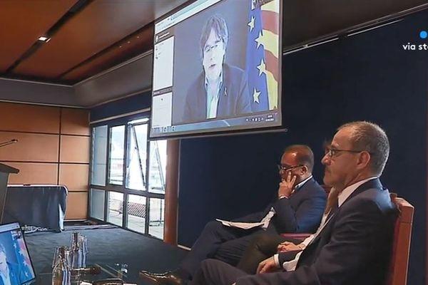 Carles Puigdemont en visioconférence depuis Bruxelles