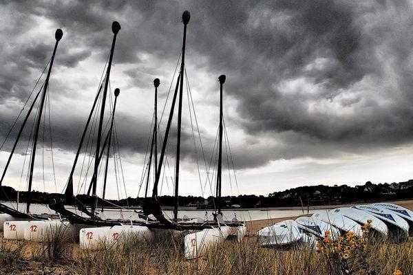 Orages sur Fort Bloqué, du vent dans les drisses