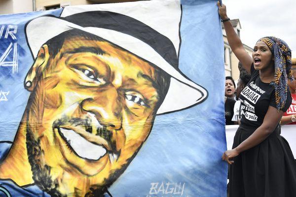 Une manifestation en mémoire d'Adama Traoré, le 22 juillet 2017, à Paris.