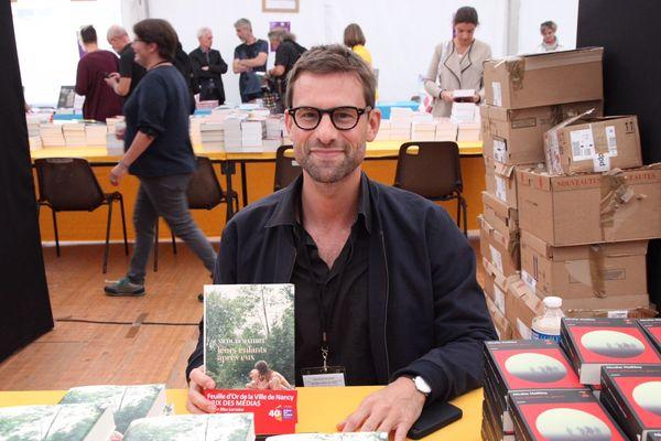 L'auteur lorrain Nicolas Mathieu, au Livre sur la Place 2018, à Nancy (54)