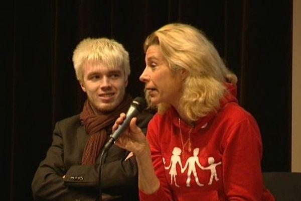La médiatique Frigide Barjot, une opposante au 'Mariage pour tous' restée calme pendant ce débat chambérien.