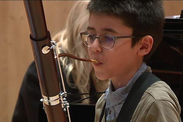 Les plus jeunes musiciens n'ont que neuf ans.