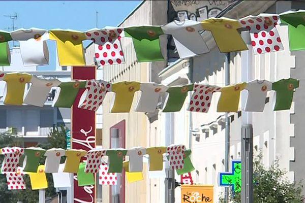 La ville de La-Roche-sur-Yon s'est mise sur son 31 pour accueillir les coureurs du Tour de France.
