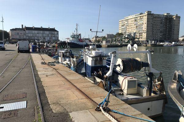Le quai Demange devrait voir arriver des pontons flottants, 20 places sur 80 seraient réservées aux marins-pêcheurs