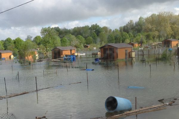 Inondations Romilly-sur-Seine (jardins familiaux)