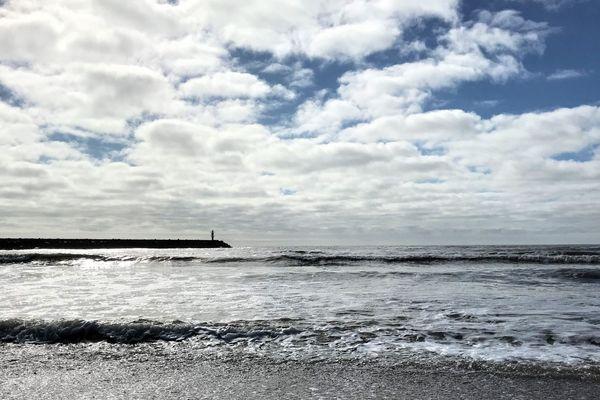 Nuages et éclaircies composeront la luminosité du ciel littoral, en ce lundi.