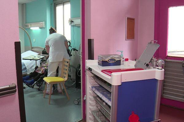 Des personnes sans domicile fixe qui souffrent de maladies chroniques graves peuvent être accueillies dans un centre médico-social spécialisé, situé dans l'enceinte de l'hôpital Jean-Bouveri, à Montceau-les-Mines, en Saône-et-Loire.
