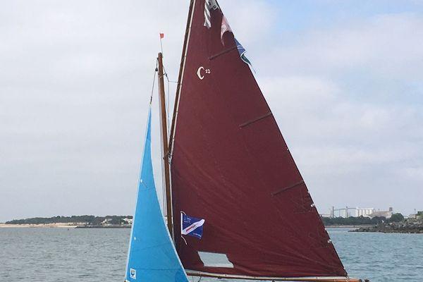 L'un des vieux bateaux en parade du musée maritime de la Rochelle