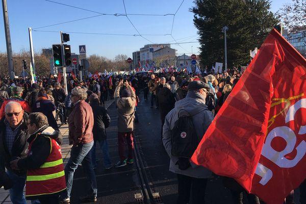 Environ 5 500 personnes avaient manifesté à Clermont-Ferrand le mardi 10 décembre.