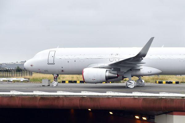 Un avion Air France en provenance du Tchad atterrit en urgence à Roissy à cause d'un colis suspect