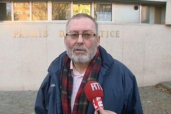 Didier Cappelle à sa sortie du Palais de Justice de Lille ce mardi.